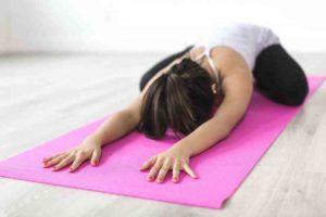 Auch Yoga hilft bei Burnout
